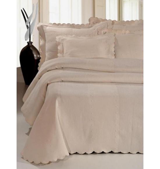 Покрывало на кровать Molina 240х270 см